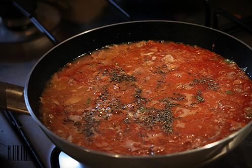 paste cu ton sos